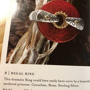 Regal Ring